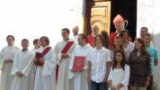 Confirmations à Guillestre avec les nouveaux diacres et les séminaristes du diocèse