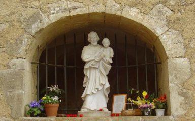 Le sanctuaire Notre-Dame du Laus s'associe à la fête de Saint-Joseph à Cotignac (Var)