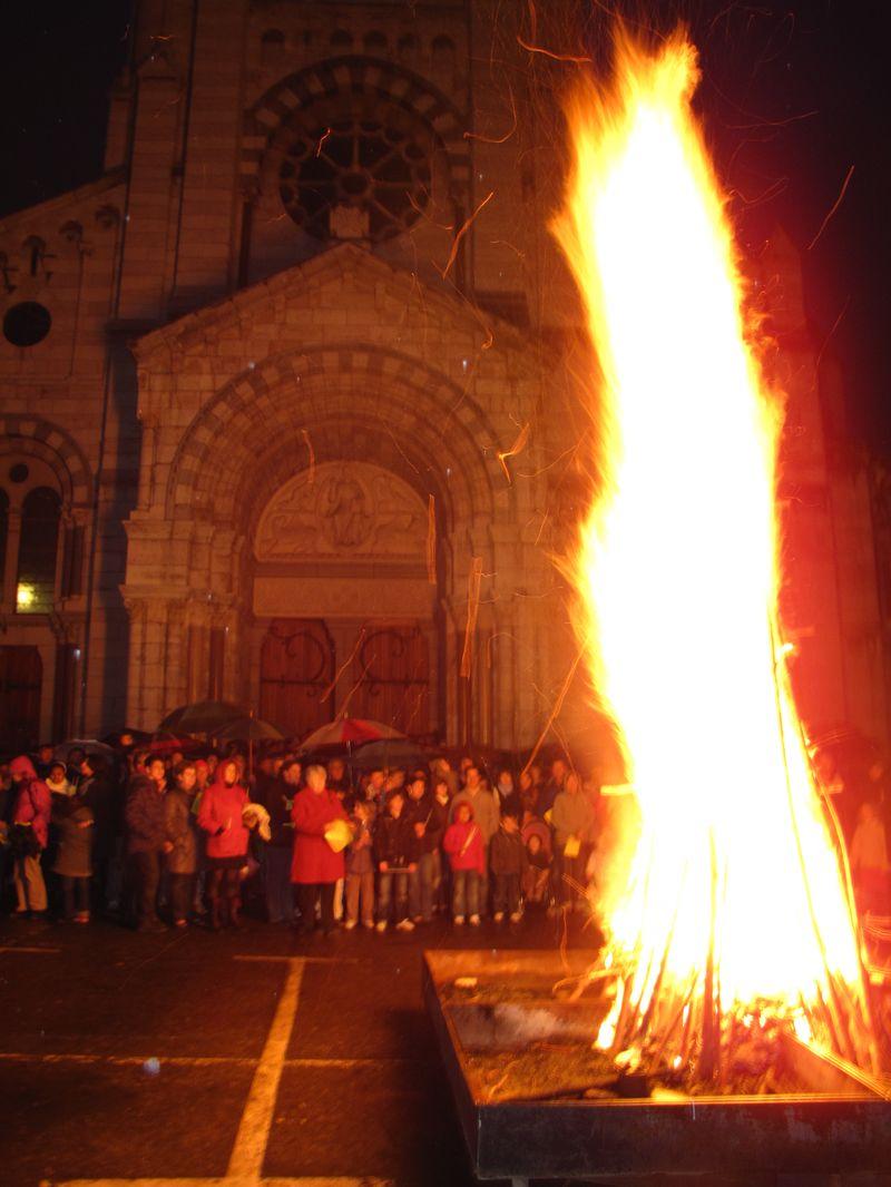 """Pâques à la cathédrale de Gap : """"Oui, Dieu est Amour !  Peut-on en dire autant de l'Église ?"""""""