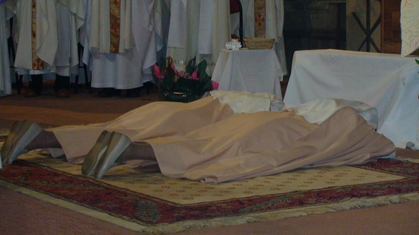 Vœux perpétuels en la cathédrale de Gap : un grand moment d'expérience de l'universalité de l'Église