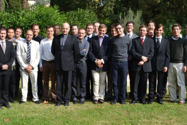 Les séminaristes du séminaire Saint-Luc au sanctuaire Notre-Dame du Laus