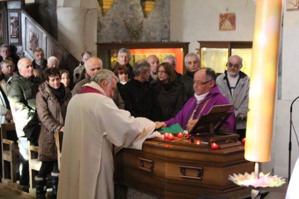 Messe à La Salle-les-Alpes pour le Père Eugène Grossan