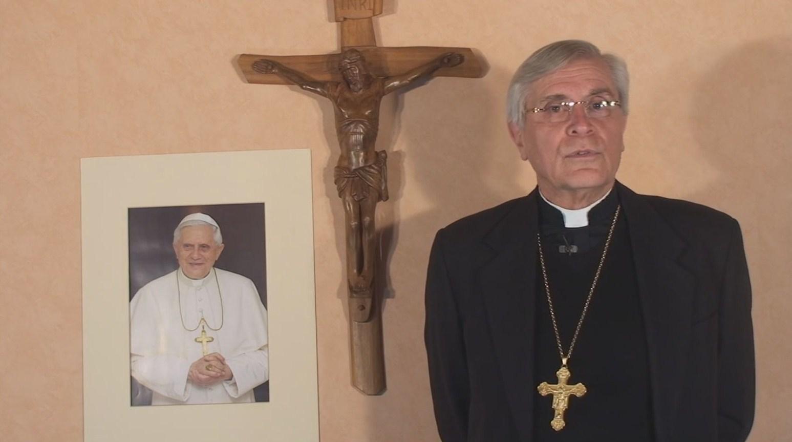 """La chronique de Mgr Jean-Michel di Falco Léandri – Le journal """"Libé"""" croit en Dieu"""