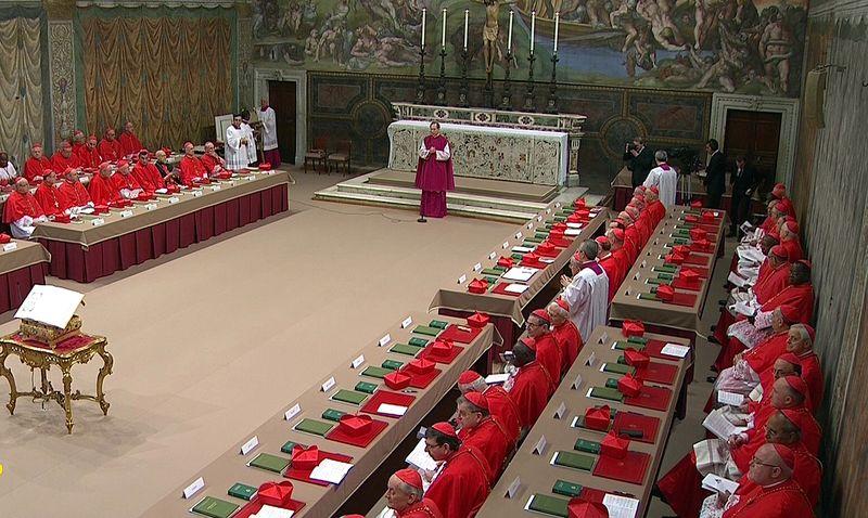 Première journée du conclave en vidéos