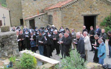Les prêtres du diocèse accueillis à Rosans, chez les bénédictines