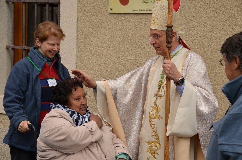 Pèlerinage des personnes âgées, handicapées et malades : Avec Marie, avançons sur le chemin de la foi