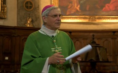 Mgr Jean-Michel di Falco Léandri à Briançon pour l'école Carlhian-Rippert, et à Névache pour la Saint-Jean-Baptiste