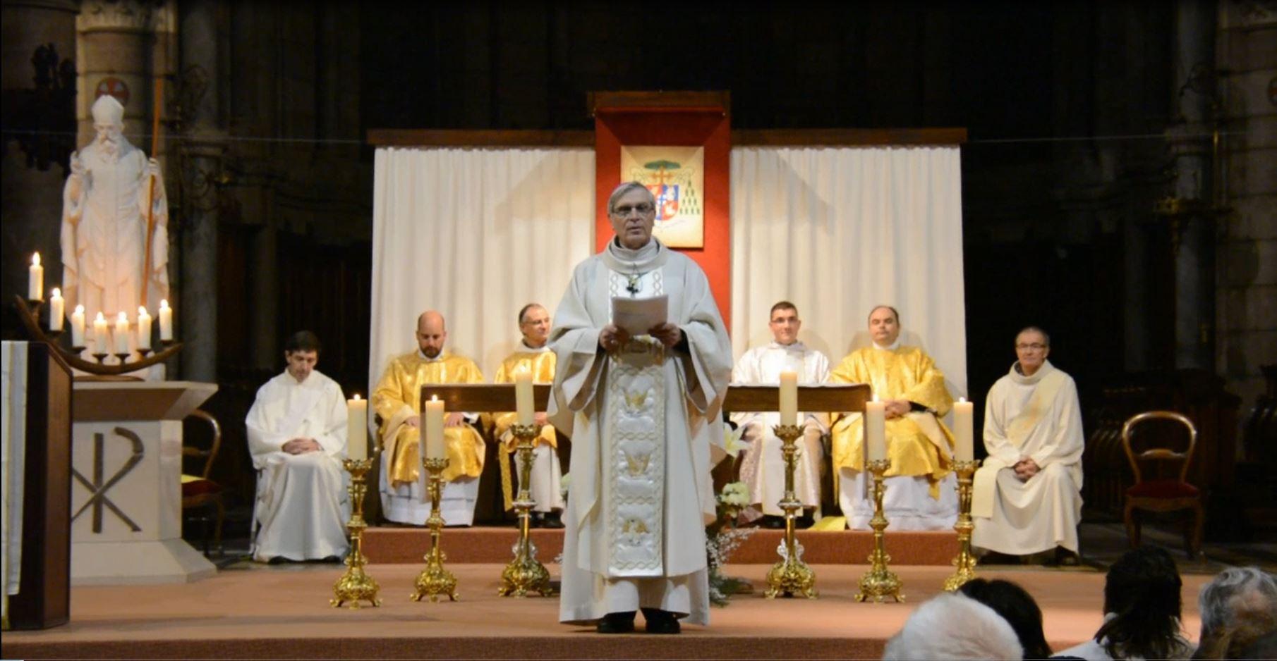 """Mgr Jean-Michel di Falco Léandri à la messe de Noël : """"Un pape sans langue de bois ni langue de buis"""""""