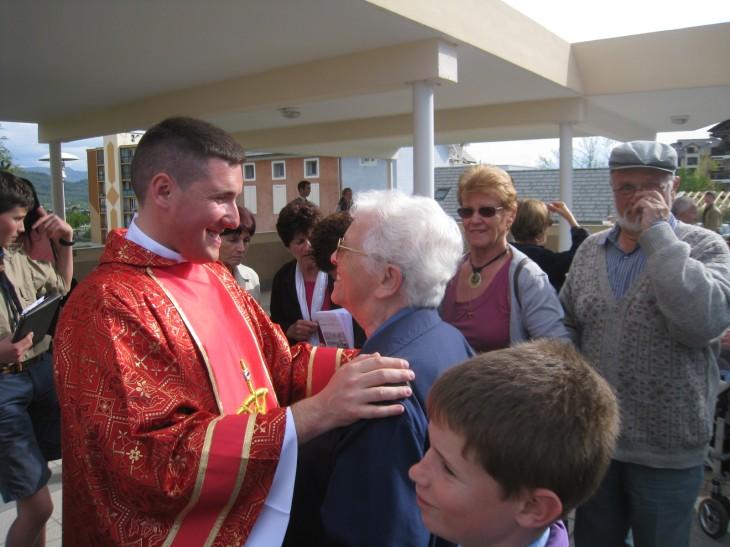 Ce dimanche : Un nouveau jeune prêtre pour les Hautes-Alpes !