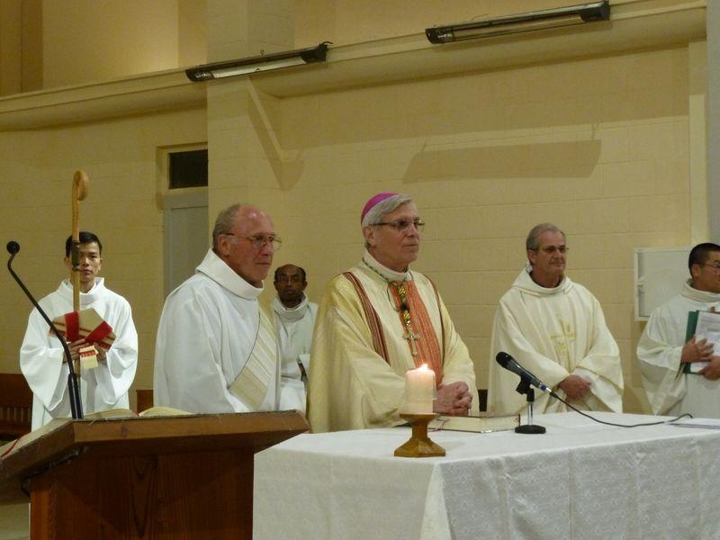 Mgr Jean-Michel di Falco Léandri à Briançon pour fêter l'église Sainte-Catherine entièrement rénovée !