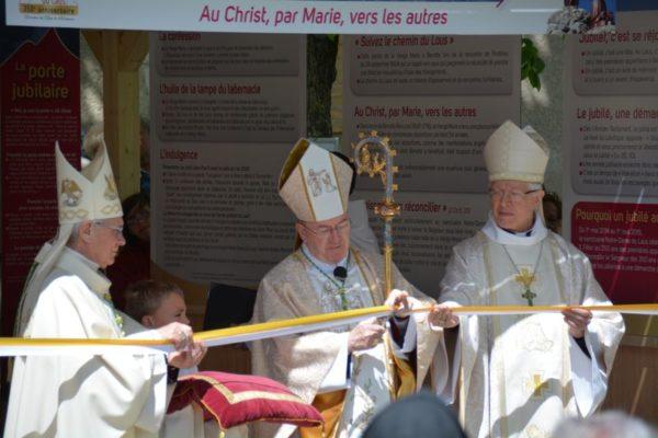 Ouverture de l'année jubilaire au Laus – La messe et la porte jubilaire