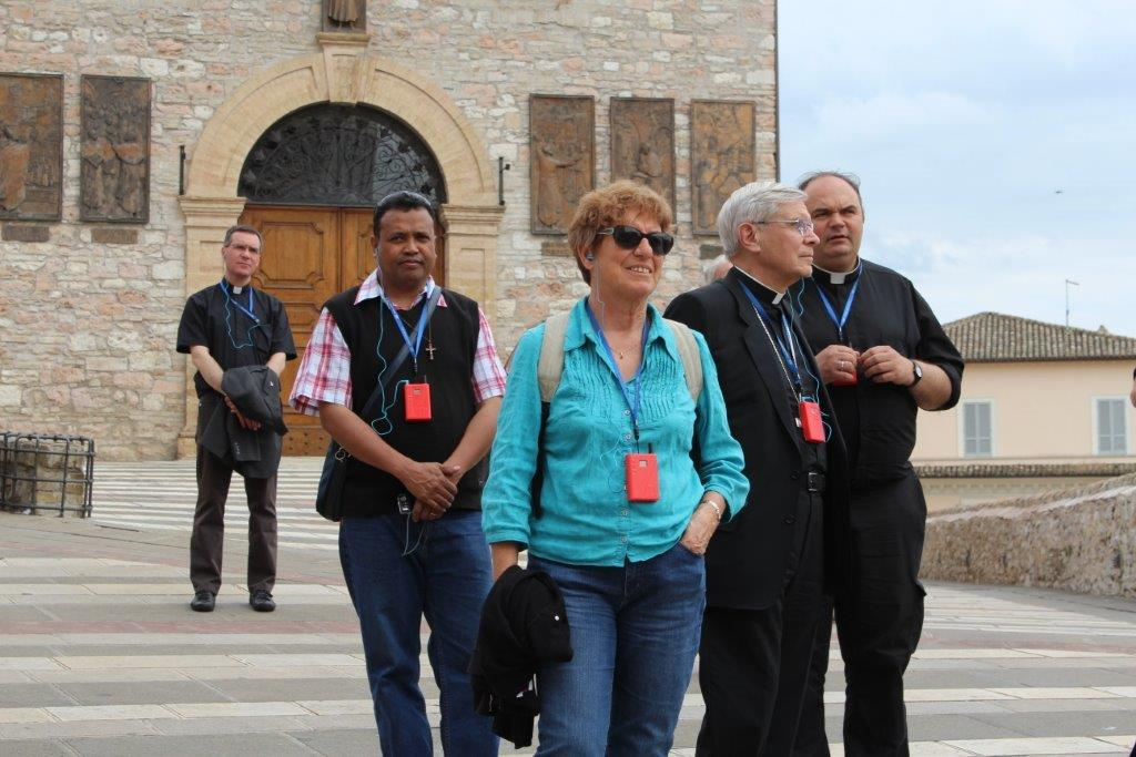 Les prêtres et diacres du diocèse ont mis leurs pas dans ceux de saint François