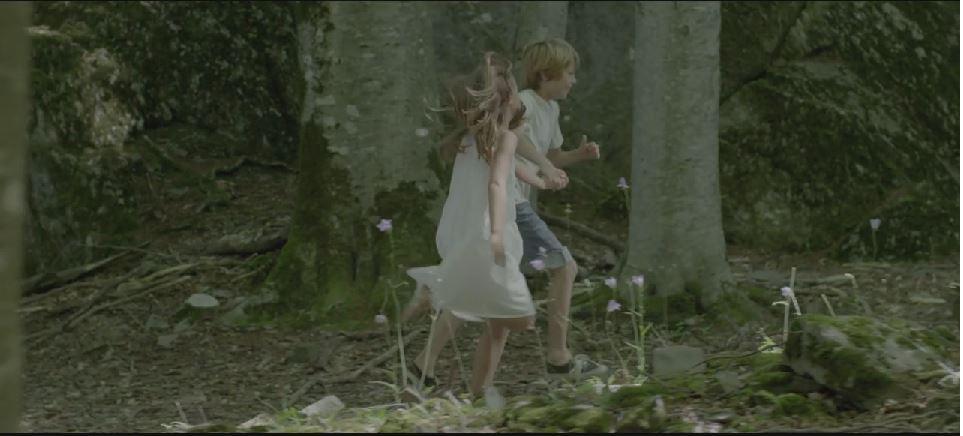 """Le nouveau clip du groupe """"Les Prêtres"""""""