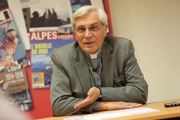 Mgr Jean-Michel di Falco Léandri répond au Dauphiné Libéré