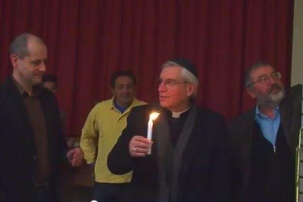 Mgr Jean-Michel di Falco Léandri à la fête juive de Hanoucca à Gap