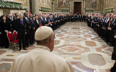 """Le Pape dénonce """"le cœur endurci de l'humanité"""""""