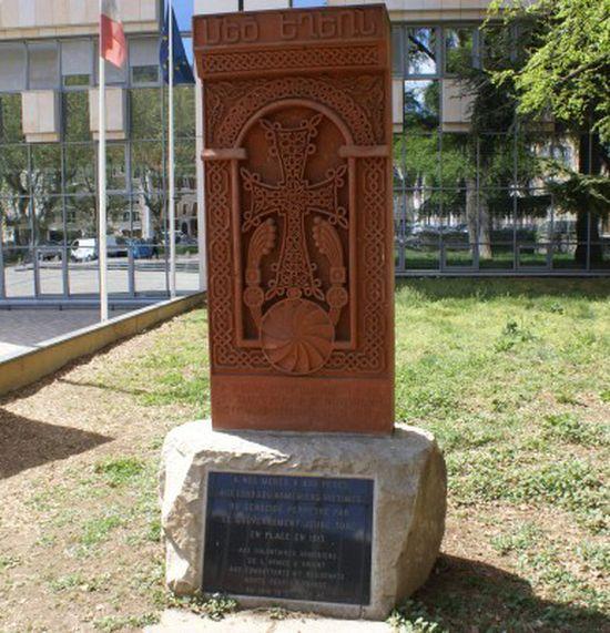Ce que révèlent les archives vaticanes du massacre des Arméniens