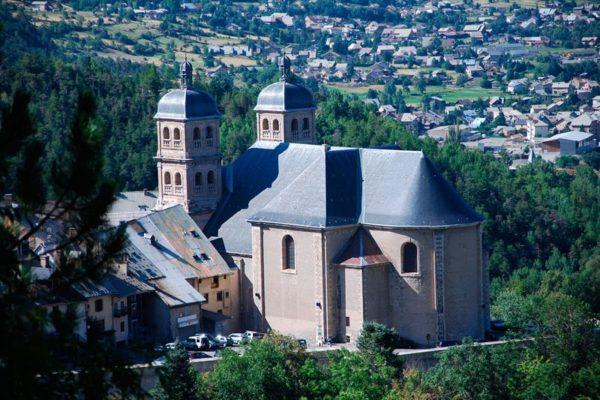 Ordination d'un nouveau prêtre à Briançon