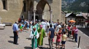 Mgr Jean-Michel di Falco Léandri à Vallouise : «Tout acte de foi pour être vrai doit être sincère»