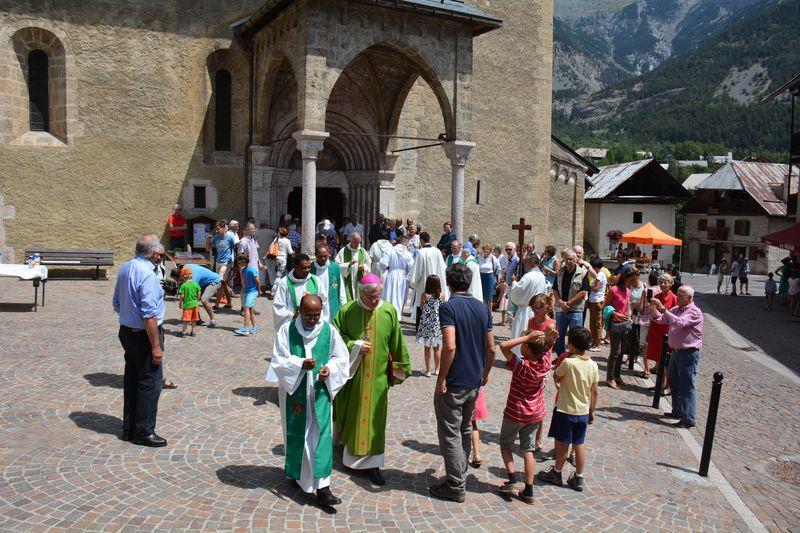 """Mgr Jean-Michel di Falco Léandri à Vallouise : """"Tout acte de foi pour être vrai doit être sincère"""""""