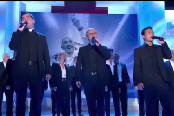 """La chanson """"L'homme en blanc"""" de Pierre Bachelet chantée par """"Les Prêtres"""""""
