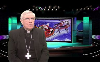 La chronique de Mgr Jean-Michel di Falco Léandri – « Jésus versus Père Noël »