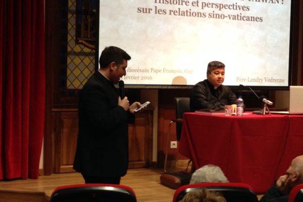 Conférence sur les relations sino-vaticanes