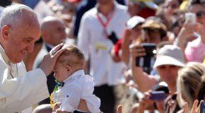 Synode sur la famille : du jugement à la bienveillance