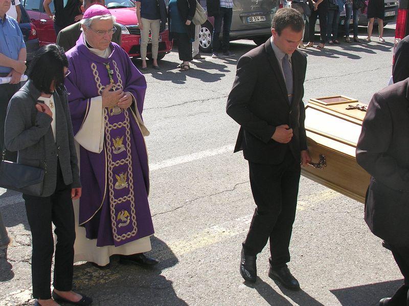 Les obsèques de René Tholozan