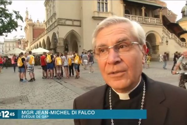 Reportage M6 : JMJ le pèlerinage des Français
