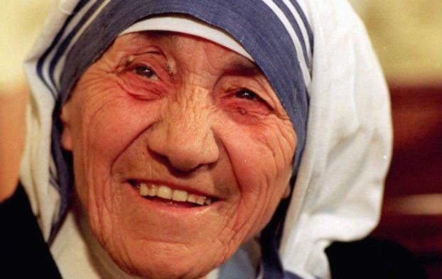You are currently viewing Bénédiction des cartables au Laus sous la protection d'une nouvelle sainte