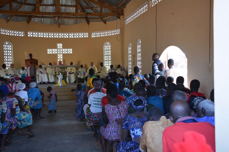 Une nouvelle église dédiée à Notre Dame du Laus en Afrique