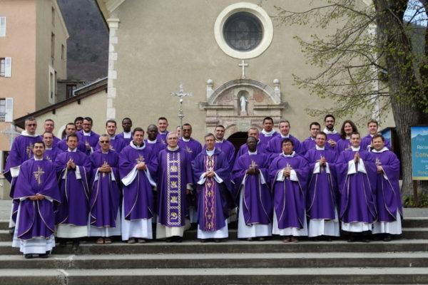 Session des jeunes prêtres à Notre-Dame du Laus