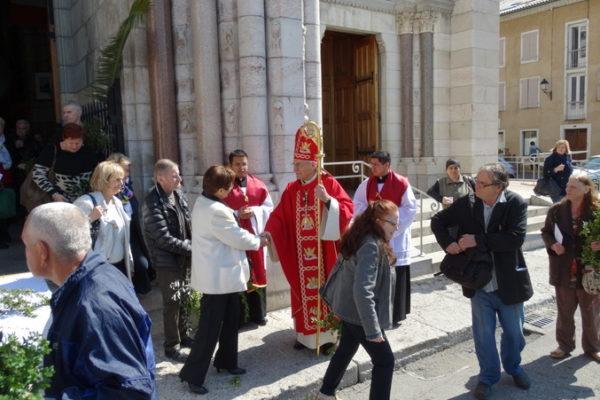 Dernière messe des Rameaux à Gap pour Mgr Jean-Michel di Falco Léandri