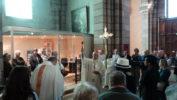Un espace d'accueil moderne dans la cathédrale de Gap