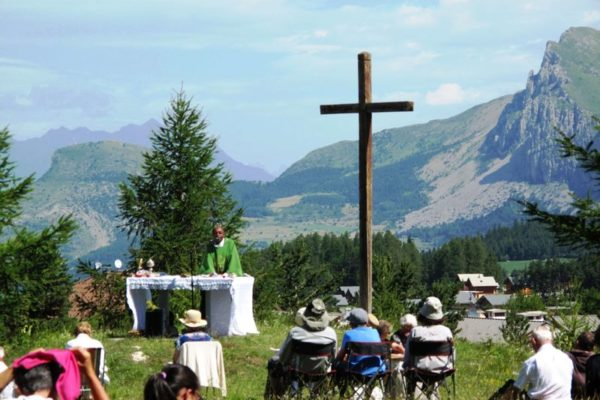 Fêtes patronales et messes de montagne cet été dans les Hautes-Alpes