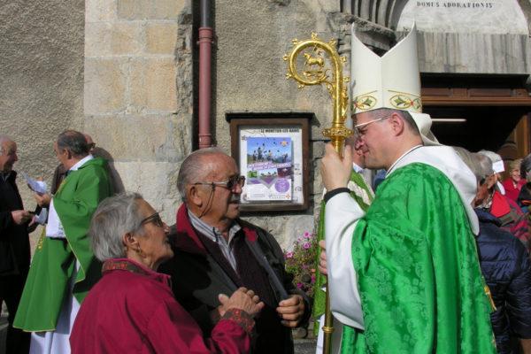 Installation du nouveau curé pour les paroisses de la Guisane