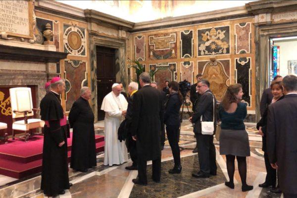 Le pape François rencontre 300 élus de la région PACA. Parmi eux, des Haut-Alpins