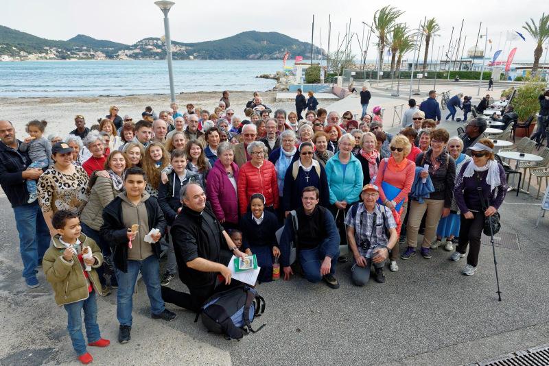 Une sortie paroissiale en Provence, au bord de mer et au-delà de la Méditerranée !