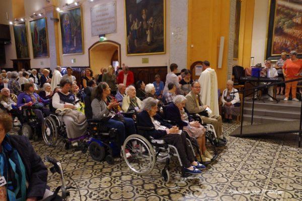 Mgr Xavier Malle au Laus pour le pèlerinage des personnes malades