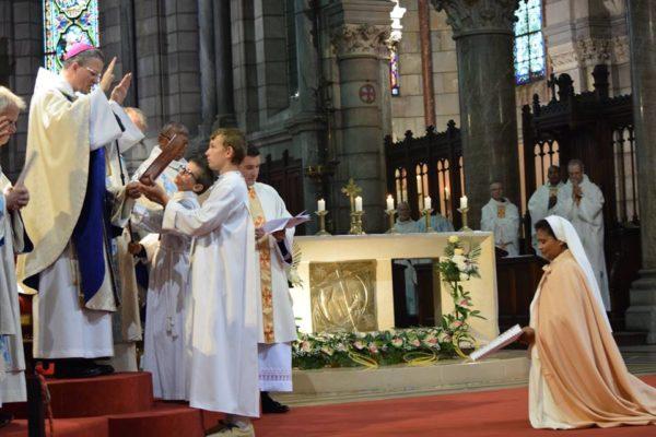 La profession perpétuelle de Sœur Jacky, un signe fort pour les vocations