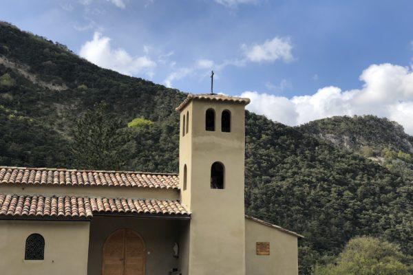 Enseignement à l'occasion des 50 ans de la Laure de Montmorin, et signature du décret d'approbation des statuts canoniques.