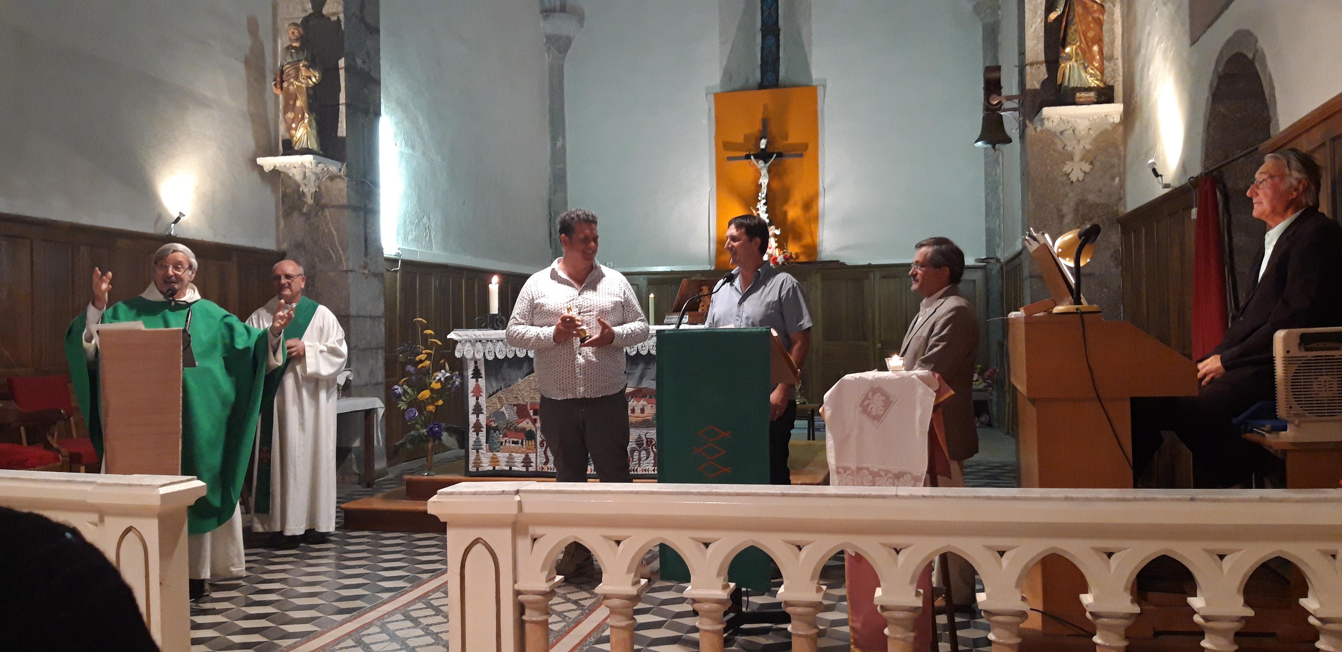 Une messe franco-italienne à la Roche-des-Arnauds