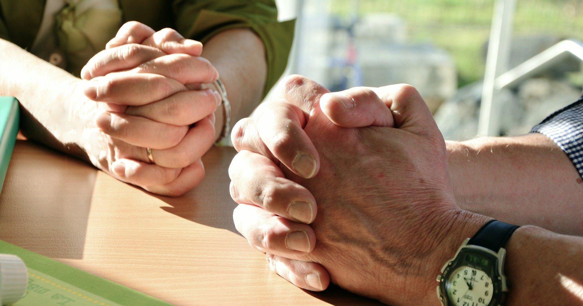 Partagez vos intentions de prières et déposez vos intentions de messe