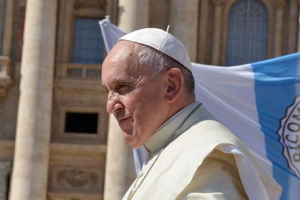 Mois de mai, mois de Marie, le pape vous écrit !