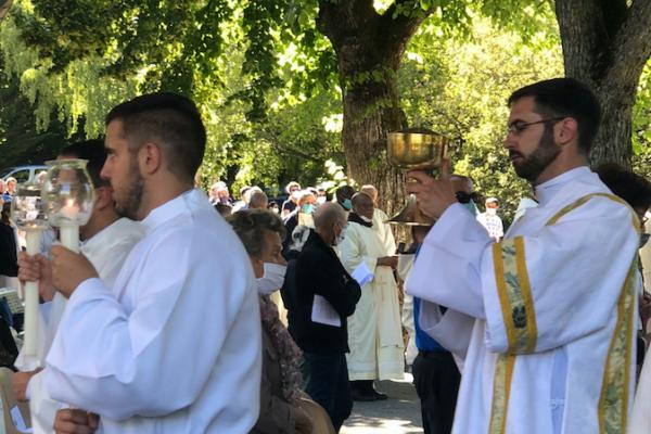Retour sur l'ordination diaconale de Thibaud Varis