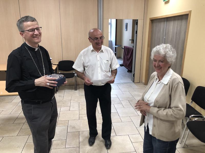 Enseignement Catholique des Hautes-Alpes, départ en vacances et … en retraite