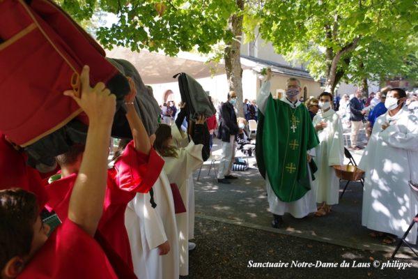 Homélies de la messe et des vêpres, bénédiction des cartables et ouverture année mariale diocésaine