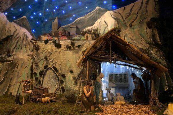 Que ce soir la paix de Dieu inonde nos âmes lasses – homélie de Noël 24 décembre 2020 Embrun et Baratier