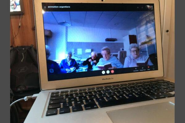Temps de prière en ligne pour les résidents des maisons de retraite dans les paroisses des Écrins et du Guillestrois